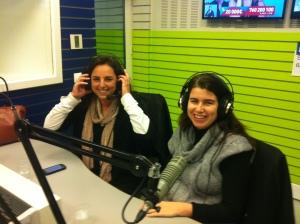Mariana Rodrigues e Inês Bettencourt, responsáveis pela Casa dos Rapazes, no estúdio da Renascença